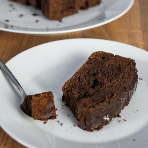 Przepis na zdrowe czekoladowe ciasto z cukinii