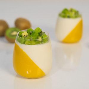 Przepis na Panna Cotta mango z kiwi bez cukru