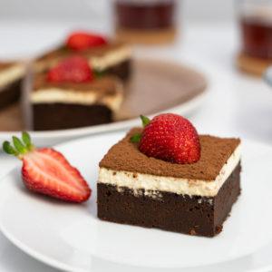 Brownie z kremem tiramisu bez cukru i bez glutenu