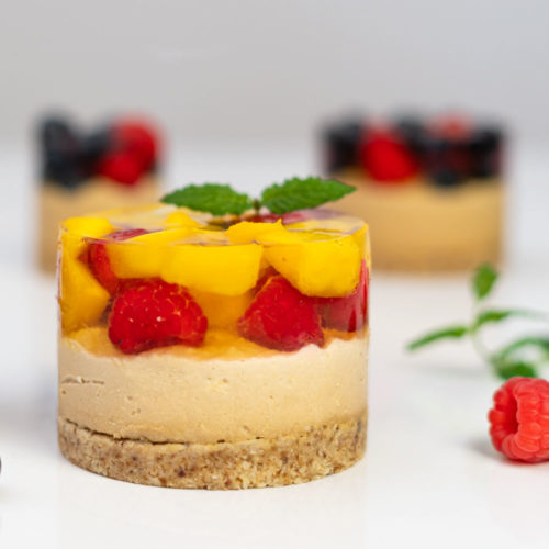 Mini sernik z galaretką i owocami bez cukru